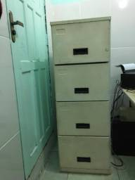 Armário de arquivos de 4 gavetas