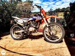 XR 200 com motor preparado pra 250 suspensão invertida preparada