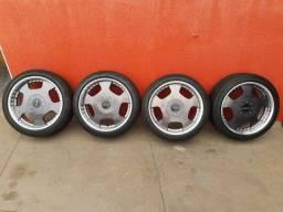 Título do anúncio: Jogo de rodas aro 18 * 5 x 114 com pneus