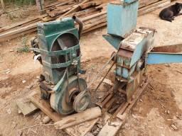 Motor estacionário com triturador