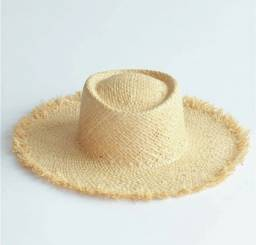 Chapéu de palha aba grande!