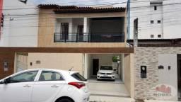 Casa para venda, 2 suítes, no bairro Brasília.