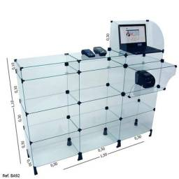 Balcão Caixa Modulado Em Vidro - 1,50 X 1,10 X 0,30