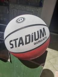 Bola de basquete ORIGINAL NOVA!!