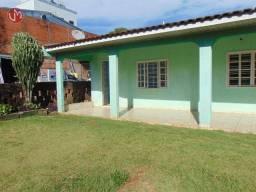 Casa com 3 dormitórios para alugar, 149 m² por R$ 1.500,00/mês - Centro - Cascavel/PR