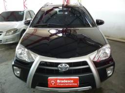 Toyota Etios HB Cross 1.4 2015/2015 - 2015