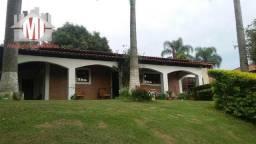 Chácara deslumbrante com 03 dormitórios, piscina, pomar, horta em Pinhalzinho