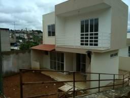 Casa duplex Fontes ville, 3quartos,2salas, cozinha, área serviço,garag