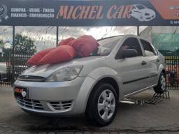 Ford Fiesta 1.6 Sedan 2005 Prata - 2005