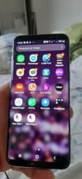 S8 com o vidro trincado.750 reais