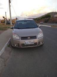 Fiesta sedan 1.6 bem conservado - 2010