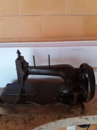 Vendo peça de antiguidade, máquina de costura