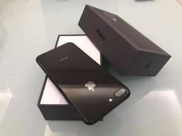 IPhone 8 Plus 64Gb space gray / semi novo
