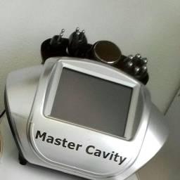 Master Cavity Equipamento De LipoCavitação E Radiofrequência Facial e Corporal