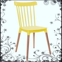 Mesas, Cadeiras, Bancos, Espreguiçadeira e Etc.
