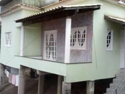 Casa em ótima localização, em Santa Lúcia!