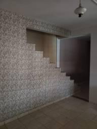 Noroeste - Sobrado com 3 quartos 1 suite - Piscina