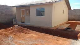 Aluga-se Casa em condomínio Trindade/Goiás