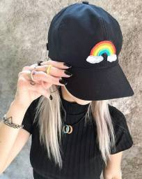 Boné arco iris