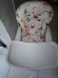 Cadeira para alimentação do seu bebê.