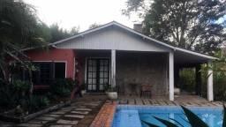 Casa 04 Quartos em Itaipava Petrópolis-RJ