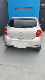 Renault Sandero perfeito estado.