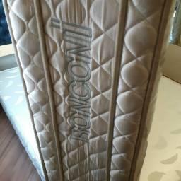 Vendo colchão de cama box da marca Ronconi usado em ótimo estado
