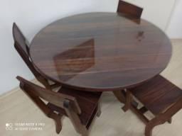 Mesa De Madeira Maciça Com Tampo De Vidro + 4 Cadeiras