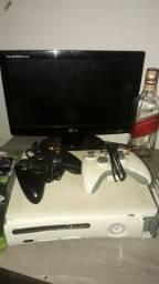 Xbox 360, vendo com tudo q tem na imagem