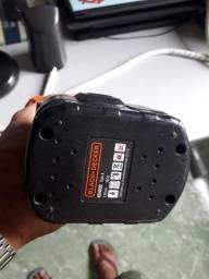 Vendo parafusadeira Black deck a bateria semi