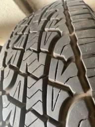 4 Pneu Pirelli Scorpion R17 (255/65)