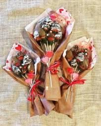 Buquê de morango com chocolate