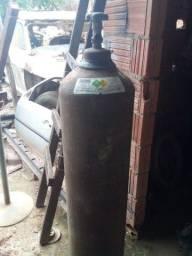Garrafa oxigênio usada pra sair logo