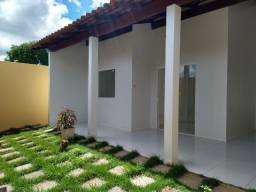 Alugo Casa com Três Quartos com Piscina - Arapiraca