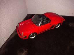 Porche 911 Speedster 1989 1/18 Maisto