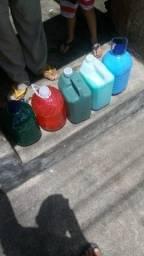 Kit produtos de limpeza 45,00