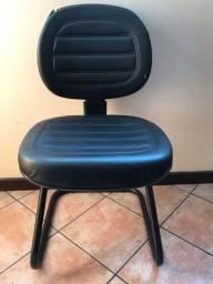 Cadeira escritório Fixa