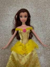 Boneca Barbie Princesa Disney A Bela e a Fera