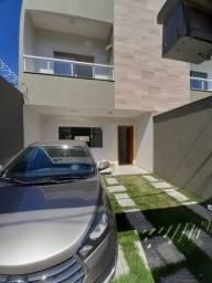 Casa Duplex com 3 quartos, 2 banheiros e lavabo. Primeira Locação (Leia o anúncio)