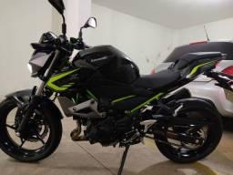 Moto Kawasaki Z400