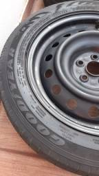 Rodas com pneus aro16