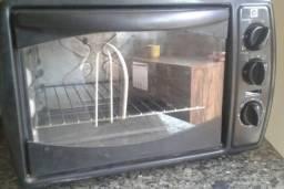 Fono 30lts com grill