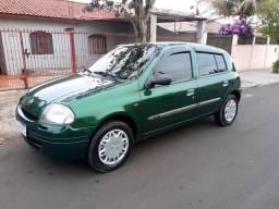 Vendo Clio ano 2000 conservado, 120mil km ...