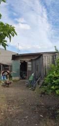 Vende-se terreno com chalé rua lauro Ribeiro