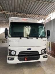Caminhão FORD 816 S 2017 Com BAU 3/4