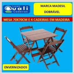 jogo de mesa e 4 cadeiras em madeira - Grandes Marcas