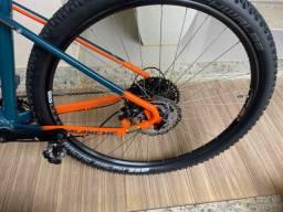 Bicicleta avalanche GT Elite 2020