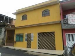Linda casa no centro ( presidente Vargas )