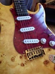 Guitarra Fender Stratocaste Réplica