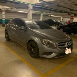 Mercedes A200 - 2014 - Interior Bege - 2014